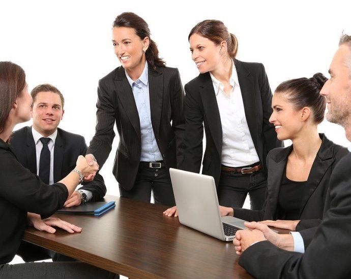 Travail à l'étranger : attention au contrat de travail !
